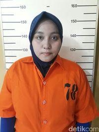 Anniesa Hasibuan di tahanan /