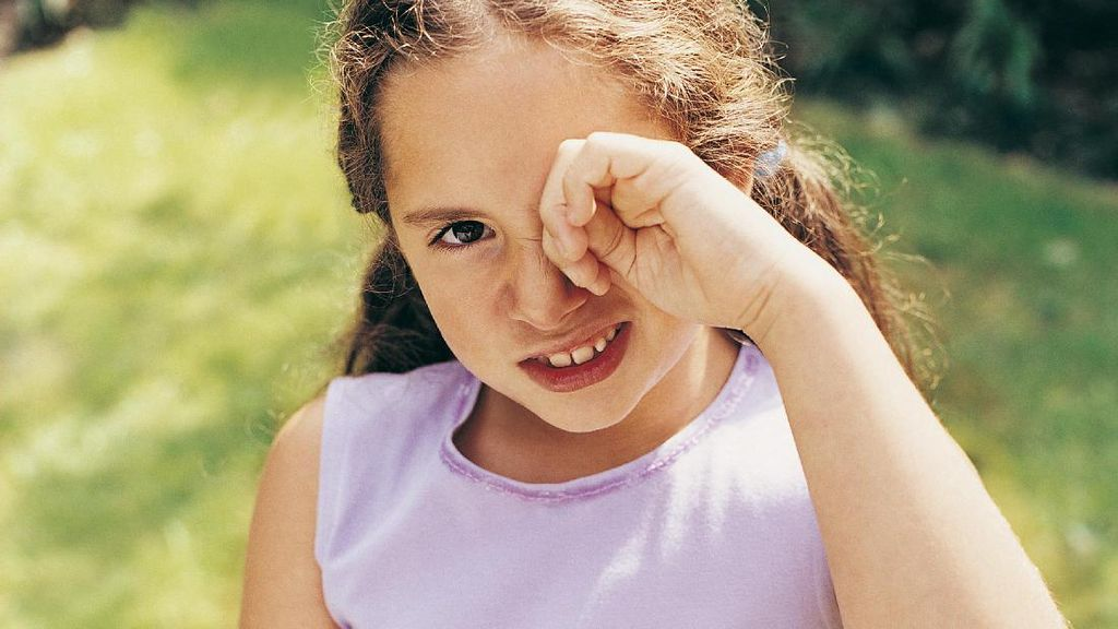 Anak dengan Low Vision Tetap Bisa Berprestasi Kok, Bun