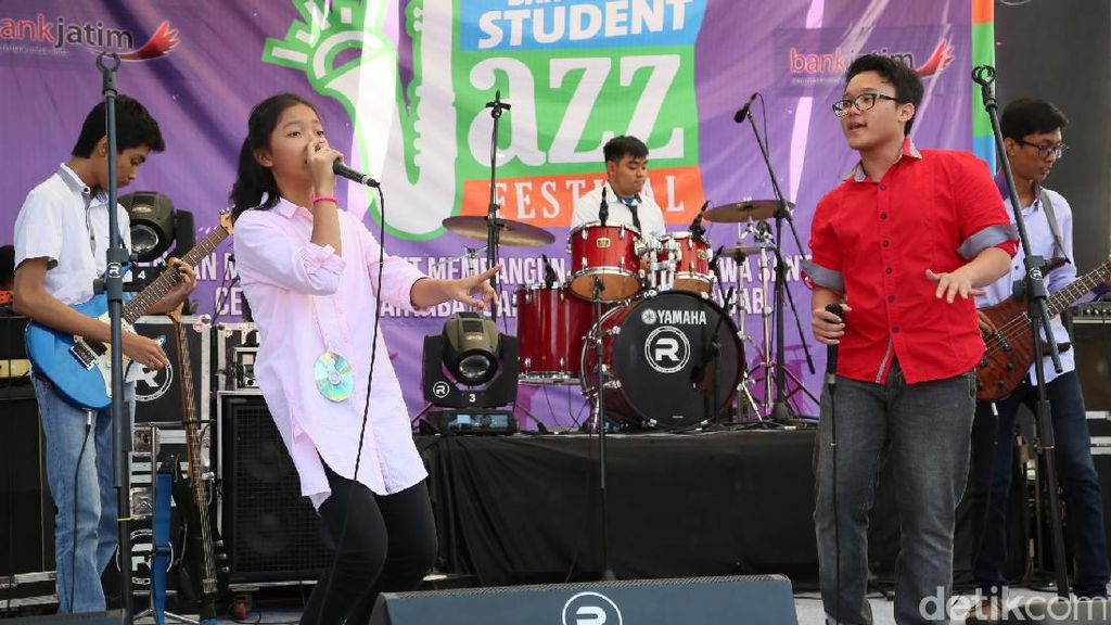 Serunya Menikmati Banyuwangi Student Jazz Festival 2017