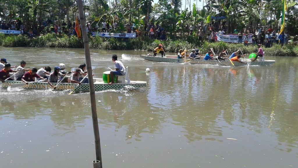 Lomba Perahu Dayung Digelar Sebagai Apresiasi Nelayan Pasuruan