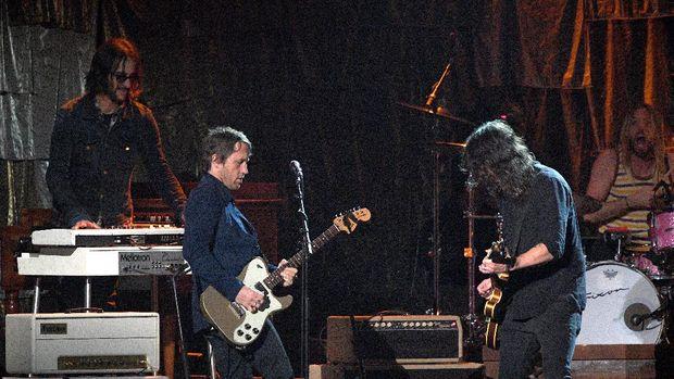 Foo Fighters Bersaing dengan Metallica di Best Rock Song