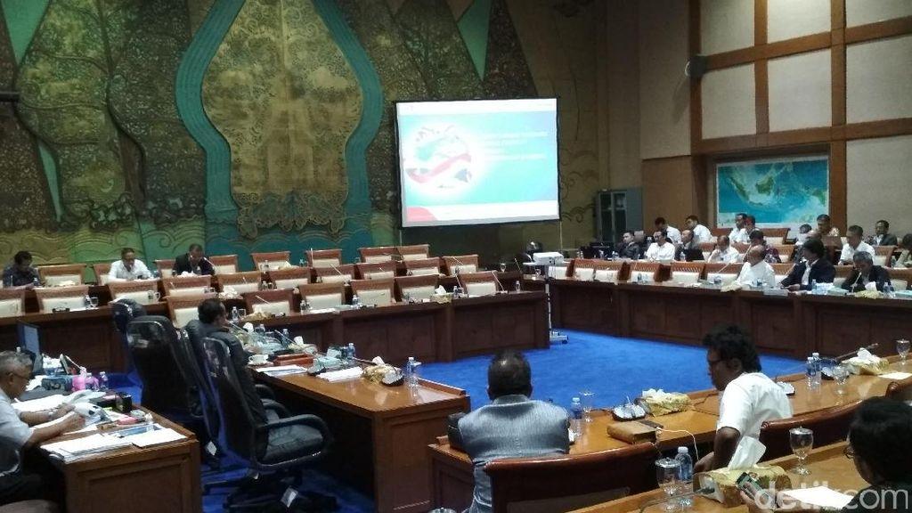 DPR Rapat 5 Jam Bareng ESDM hingga Pertamina, Ini Hasilnya
