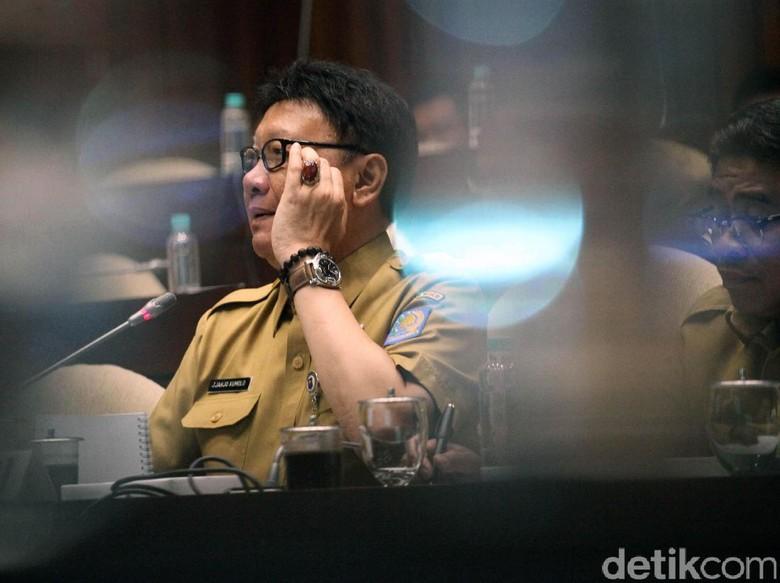Marak OTT Kepala Daerah, Mendagri Ngaku Didesak Mundur