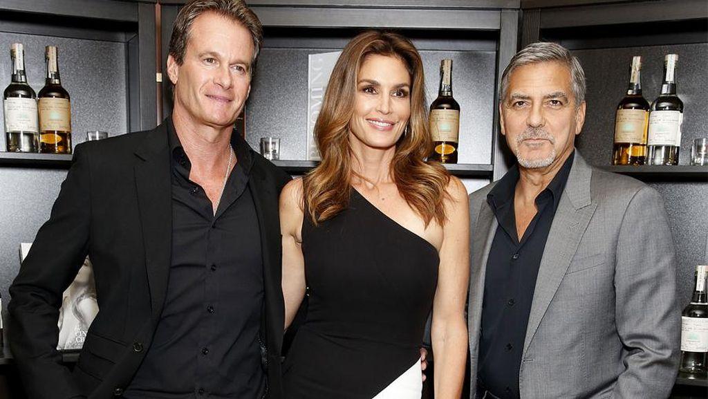 10 Selebriti Hollywood Ini Punya Bisnis Tequila, Vodka hingga Whisky