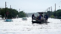 22 Persen Produksi Minyak AS Terhenti Akibat Badai Harvey