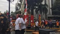 Gedung Kemendes Terbakar, Damkar hingga Menteri Turun Tangan