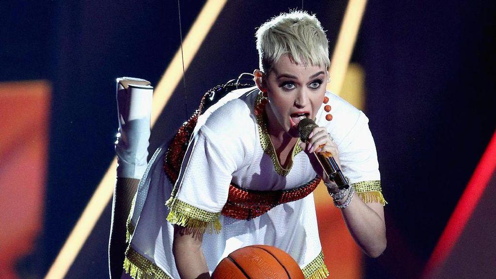 Dicium Bibir Katy Perry, Ini Kata Kontestan American Idol