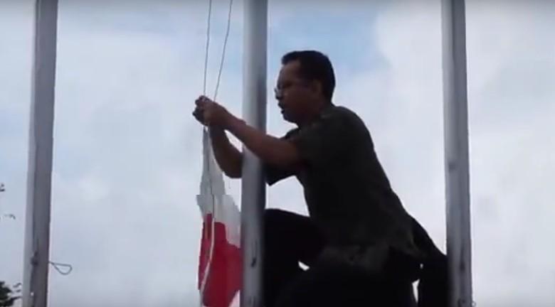 Cerita Pak Guru Hikmat Kaget Lihat Bendera RI Terbalik di Thailand