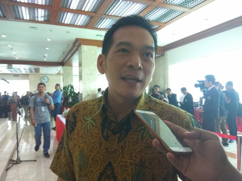 Kutip Indonesia Bubar 2030 dari Novel, Prabowo Diminta Klarifikasi