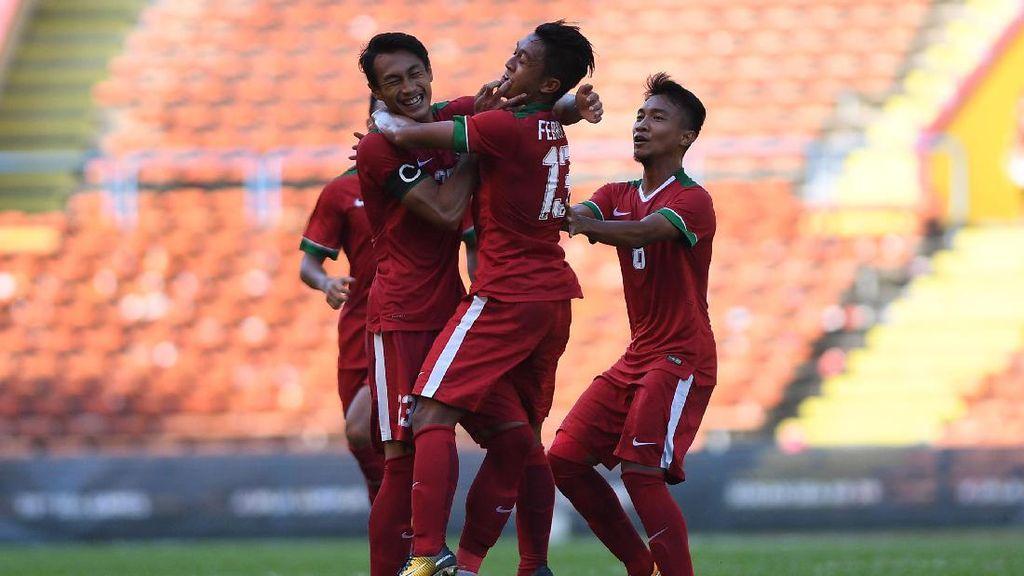 Hujan Deras, Kickoff Indonesia vs Suriah Tertunda 15 Menit