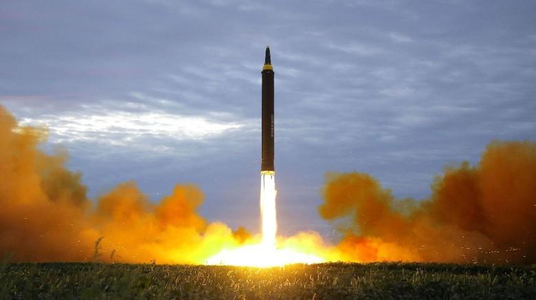 Korut Sebut Peluncuran Rudal sebagai Pemanasan Serangan ke Guam