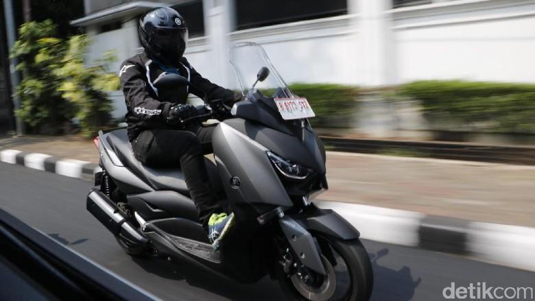 Inden XMAX Membumbung Tinggi, Yamaha Belum Berani Tambah Produksi