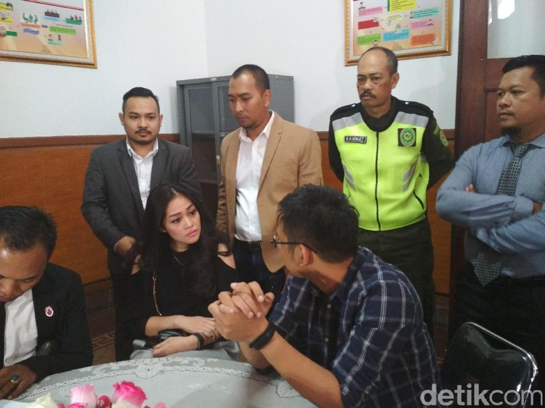 Mediasi Gagal, Gracia Indri Ingin Tetap Cerai