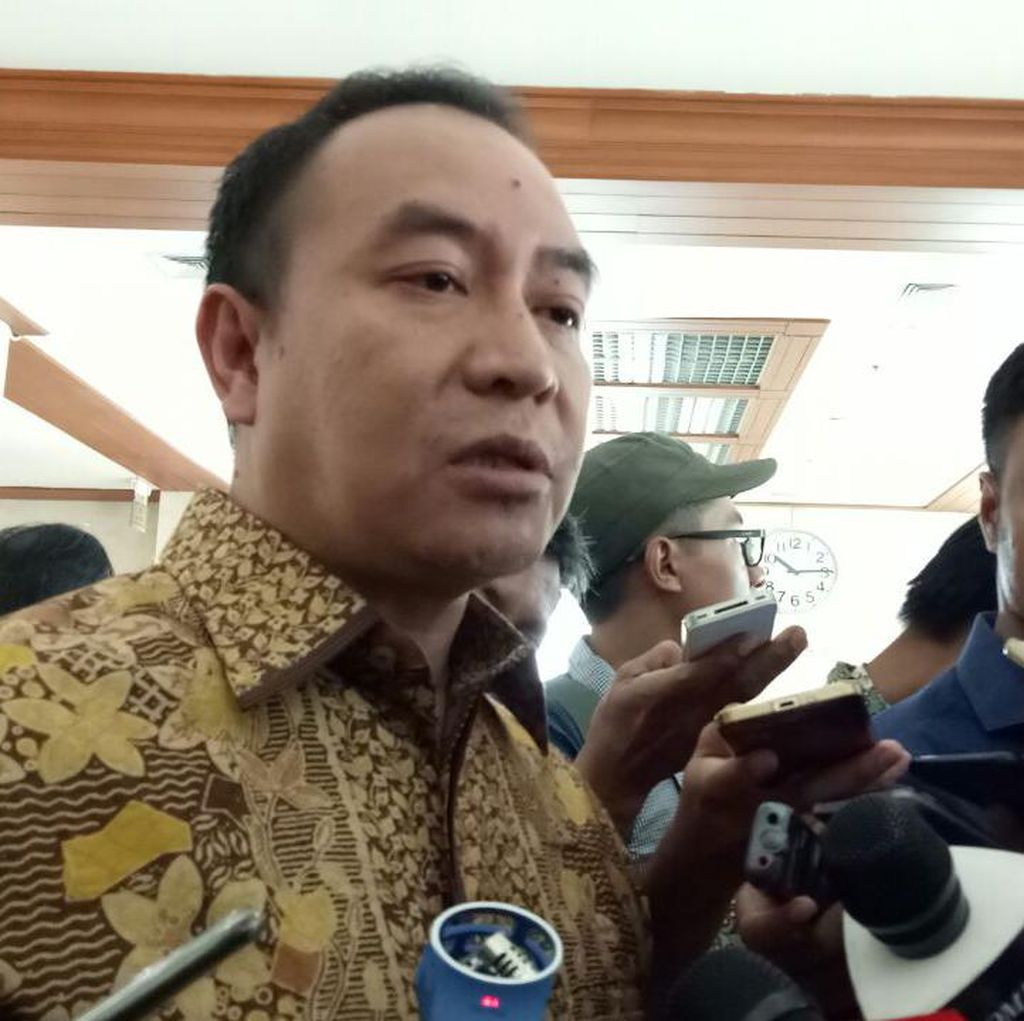 Novanto Tunjuk Aziz Ketua DPR, PD: Kami Hargai Putusan Golkar