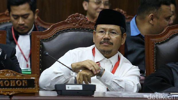 Ismail Yusanto.