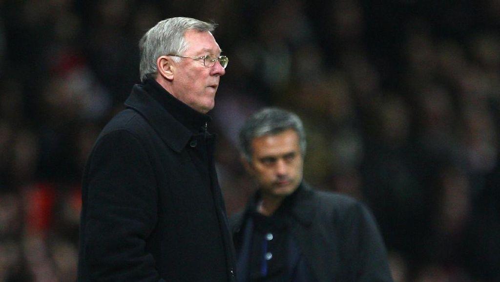 Fergie Puji Mourinho atas Musim Debutnya di MU