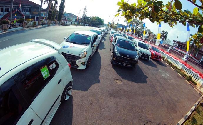 Ultah, Toyota Agya Club Keliling Lampung