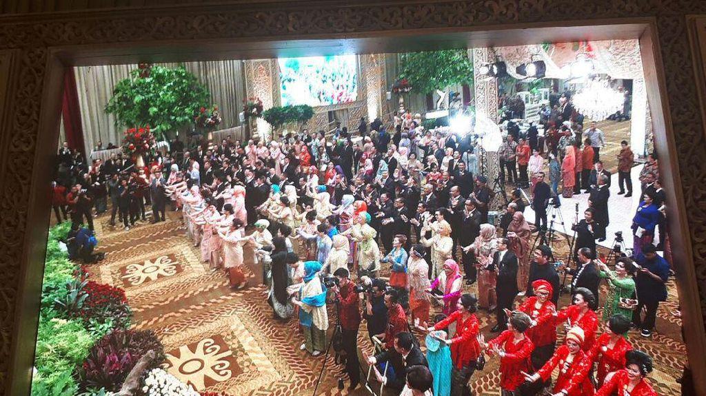 Joget Maumere Tutup Resepsi Pernikahan Anak BG-Buwas di Bidakara