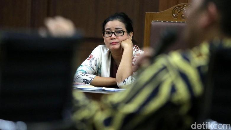 Beri Keterangan Miryam Haryani Dituntut - Jakarta Anggota DPR Miryam S Haryani dituntut hukuman penjara Miryam diyakini jaksa terbukti memberikan keterangan palsu di terdakwa