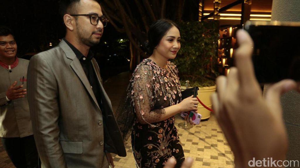Rumah Mewahnya Dibobol, Raffi Ahmad Sibuk Promo Film Rafathar di Malaysia