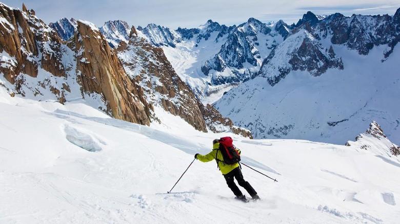 Mahasiswa RI Meninggal Usai Dihantam Badai Salju Mont Blanc Italia