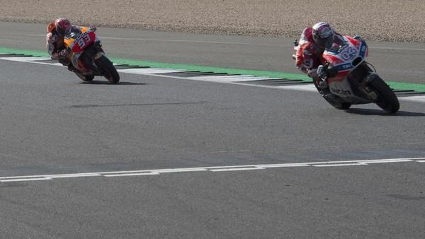 Peluang Juara Marquez-Dovizioso 50:50