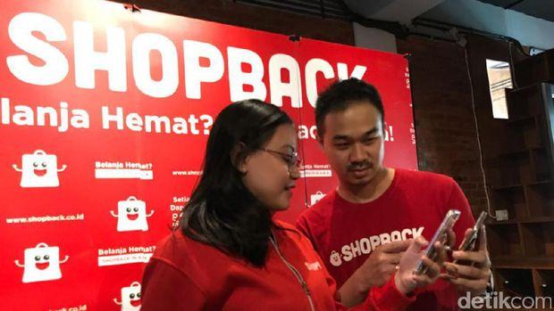 Masyaraka Indonesia Makin Doyan Belanja Online