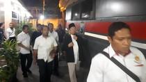 Tinggalkan Polda Jatim, Alfian Tanjung Diterbangkan ke Jakarta
