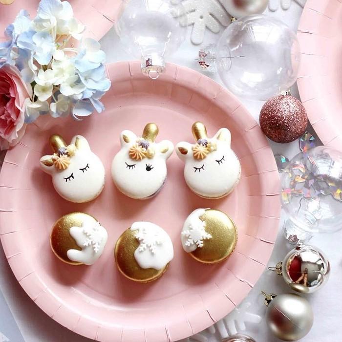 Makanan dan minuman serba unicorn mendominasi galeri foto di Instagram. Satu yang paling populer adalah unicorn frapuccino. Tampilannya cantik jadi cocok jadi objek foto instagram.Foto: Istimewa
