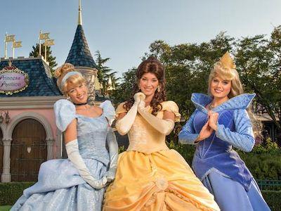 Cara Mudah Dapat Hotel Gratis di Taman Rekreasi Disney