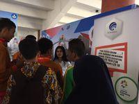 Booth Kominfo ramai dikunjungi