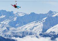 Mau Coba? Flying Fox dari Ketinggian 3.230 Mdpl di Prancis