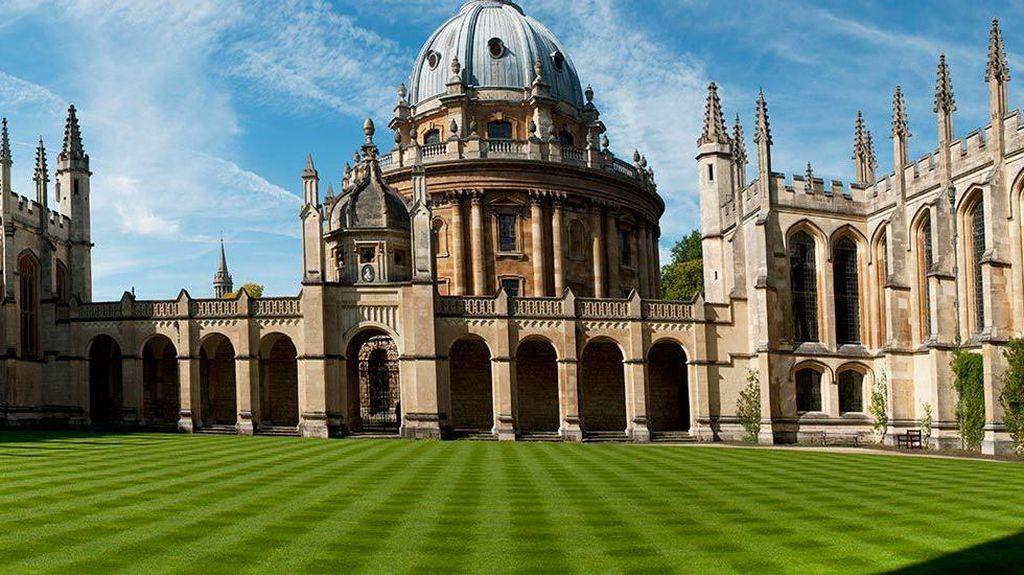 Deretan Universitas yang Bangunannya Keren, Pemandangannya Indah