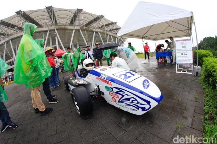 Mobil Formula Buatan Mahasiswa Yogya Siap Diadu