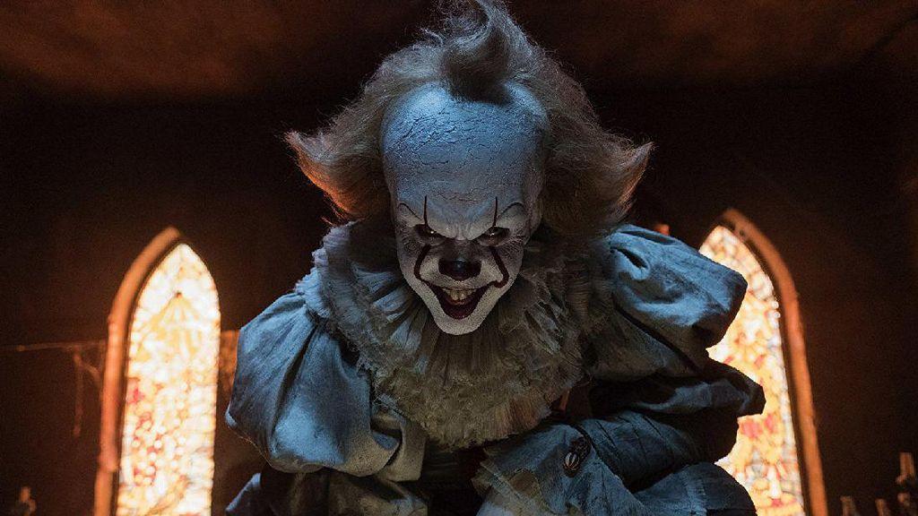 Begini Latar Belakang Pennywise The Dancing Clown dalam It