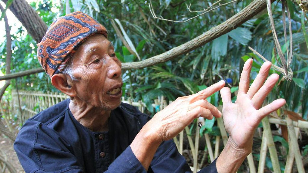 Video Kampung Adat yang Jadi Saksi Bisu Bandung Lautan Api
