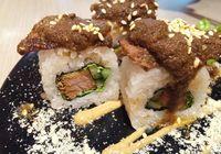 Sambal Hingga Gudeg, Bisa Lho Jadi Paduan Sushi dengan Rasa Lokal!