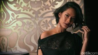 Yuk! Tengok Cantik dan Eksotisnya Tara Basro