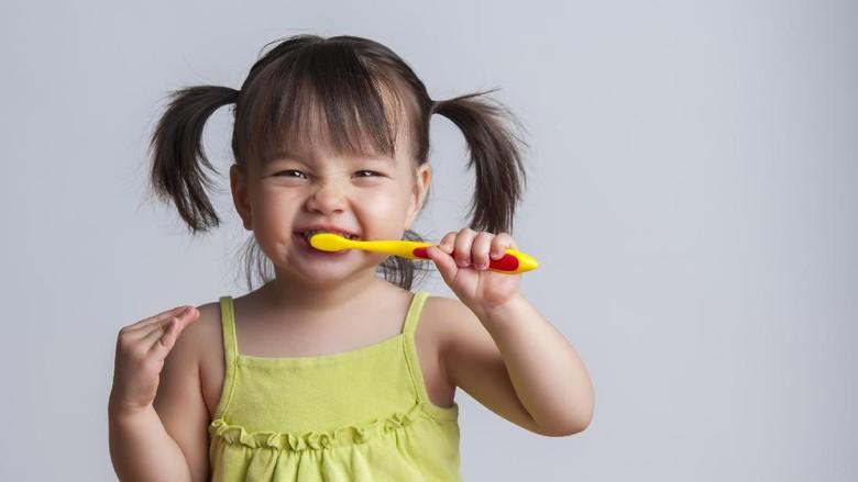 Tips seru agar si kecil rajin gosok gigi/ Foto: thinkstock