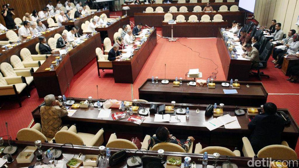 Menhub Diwakilkan, Pembahasan Anggaran di DPR Ditunda