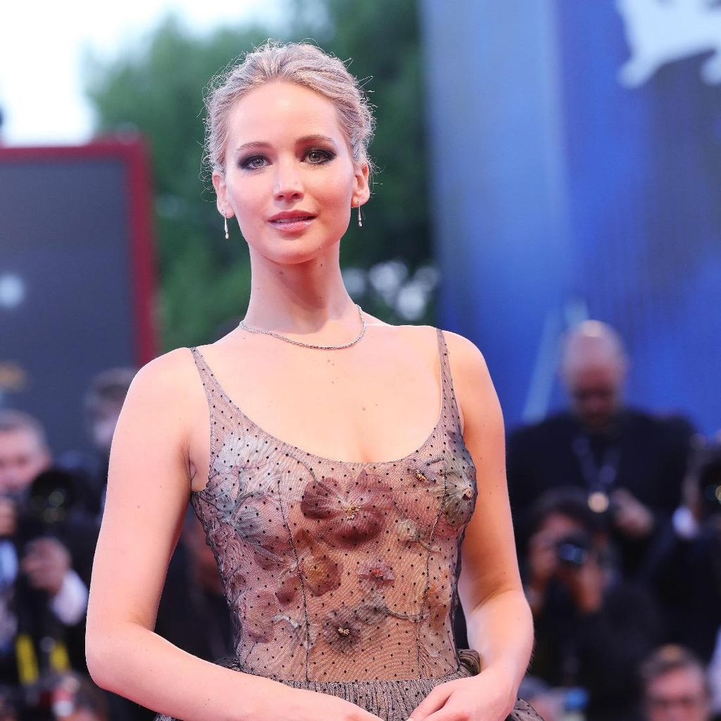 Kabar Brad Pitt Kencan dengan Jennifer Lawrence Hanya Fantasi