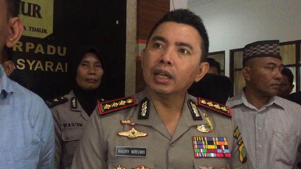 Kapolres Metro Jakarta Timur Kombes Andry Wibowo mengatakan pelaku dan korban baru kenal dua minggu.