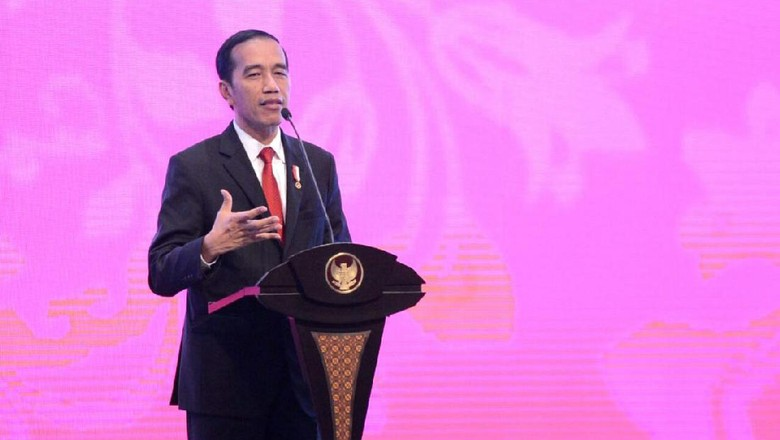 Di Depan Notaris Se-Asia, Jokowi Bicara Pentingnya Sederhanakan Izin