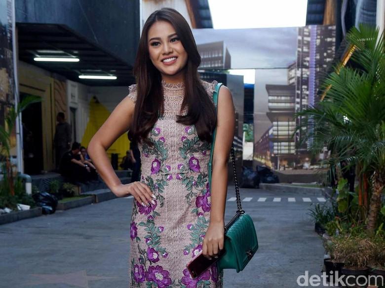 Kalah Tinggi dengan Aaliyah Massaid, Aurel Hermansyah Protes