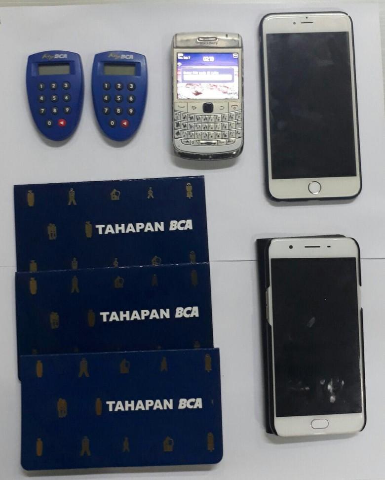Polisi Tangkap Penjudi Online yang Raup Untung Rp 400 Juta Perbulan