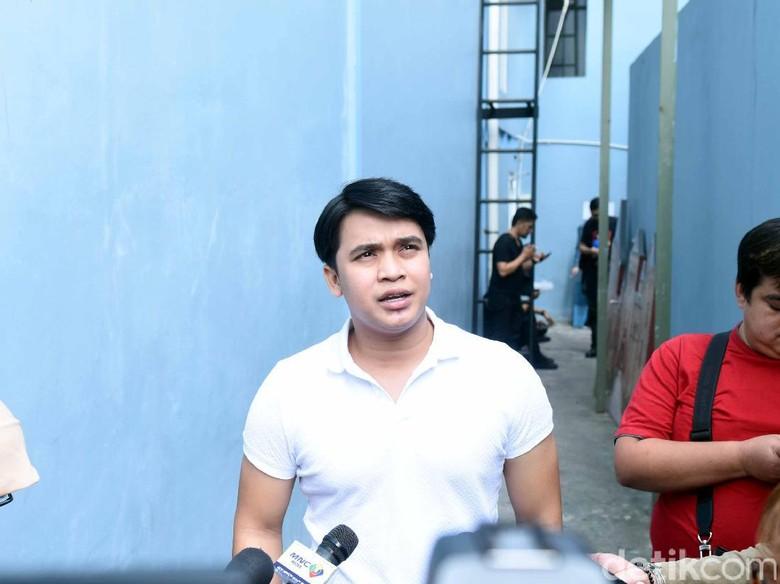 Jessica Iskandar Sudah ke Makam Olga, Billy Syahputra Masih Sibuk