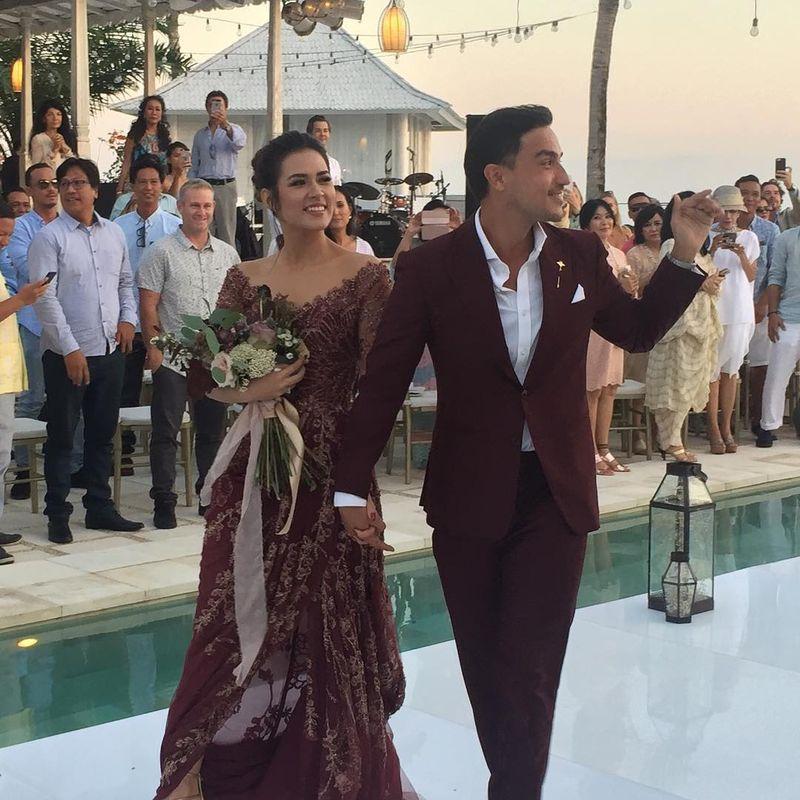 Setelah di Jakarta, pesta pernikahan Raisa Adriana dan Hamish Daud berlanjut di Bali. Tempat yang mereka pilih adalah Plenilunio Villa (@pleniluniovilla/Instagram)