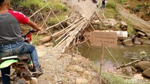 Beratnya Jalan Menuju Desa Perbatasan di Entikong