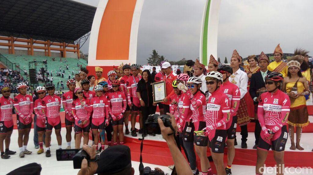 Menpora Dapat Rekor untuk Kegiatan Gowes dari Sabang sampai Magelang
