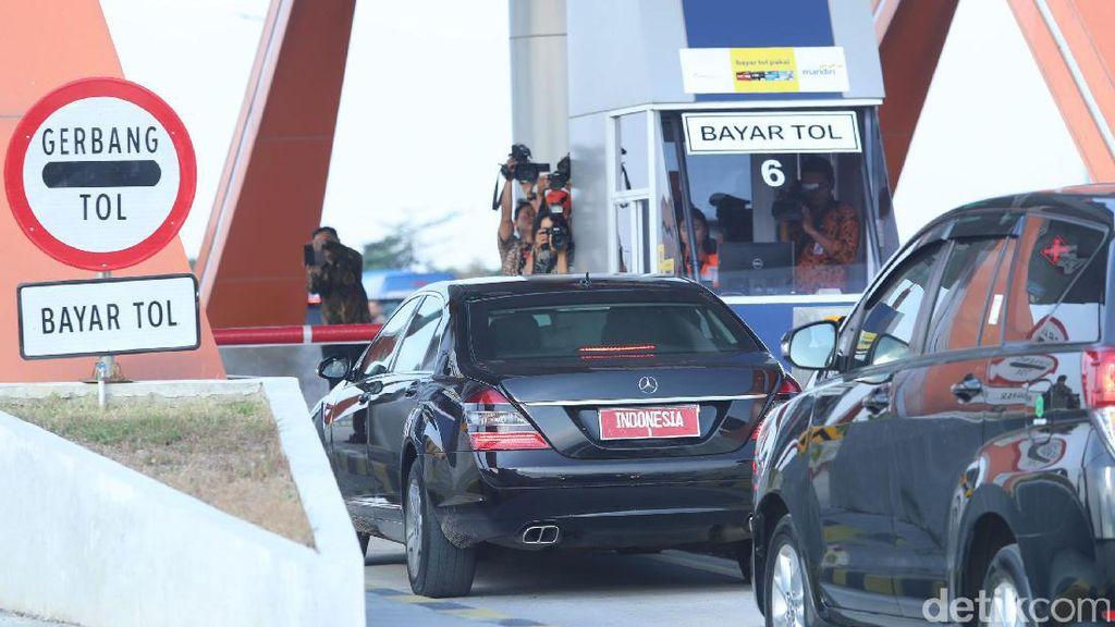 Diresmikan Jokowi, Berapa Biaya Mojokerto-Kertosono Lewat Tol?